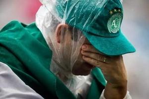 Las imágenes más dolorosas del funeral de los Chapecoenses