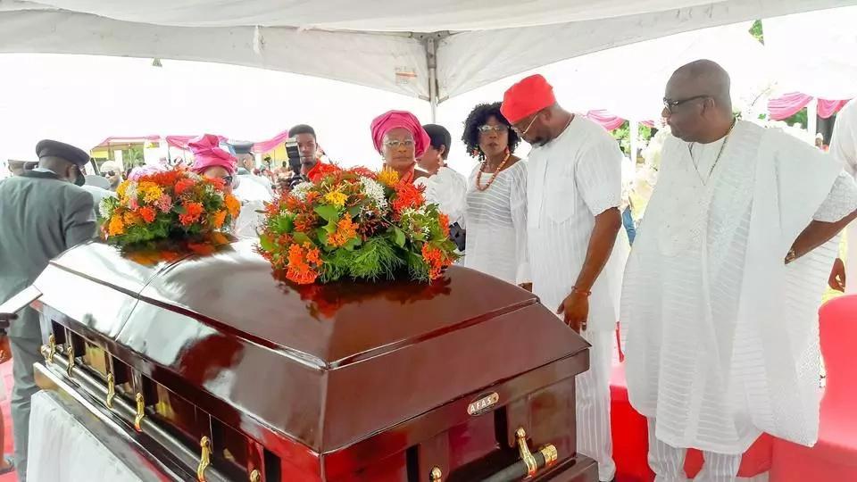 Gospel Musician Emmy Kosgei's mother laid to rest (photos)