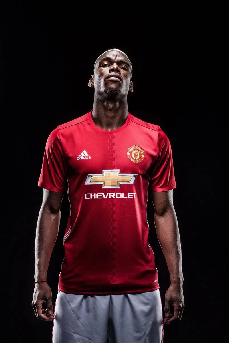 Paul Pogba speaks after signing for Manchester United