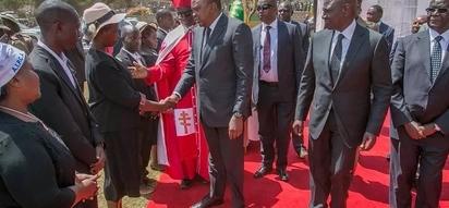 Uhuru azidi kuwaumiza matumbo Mawaziri wake, akosa kuwahakikishia kazi wengine