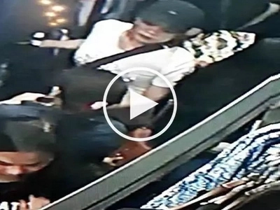Sneaky Filipina thieves steal wallet from unsuspecting female shopper at Starmall Alabang