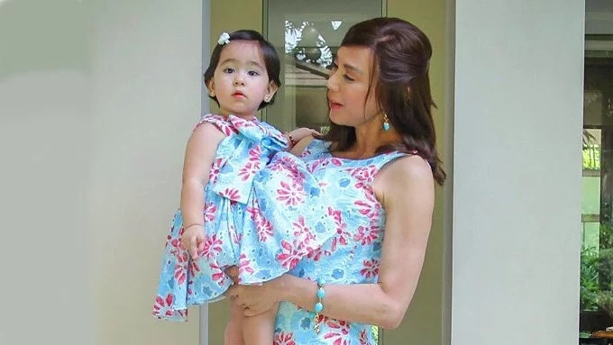 Scarlet Snow proves she's a very sweet kid when she tells Doc Vicki she's pretty