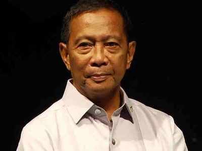 Binay to voters: Do not vote for Duterte