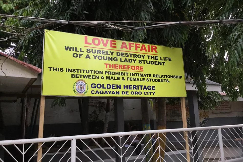 School in CDO bans romantic relationships among students