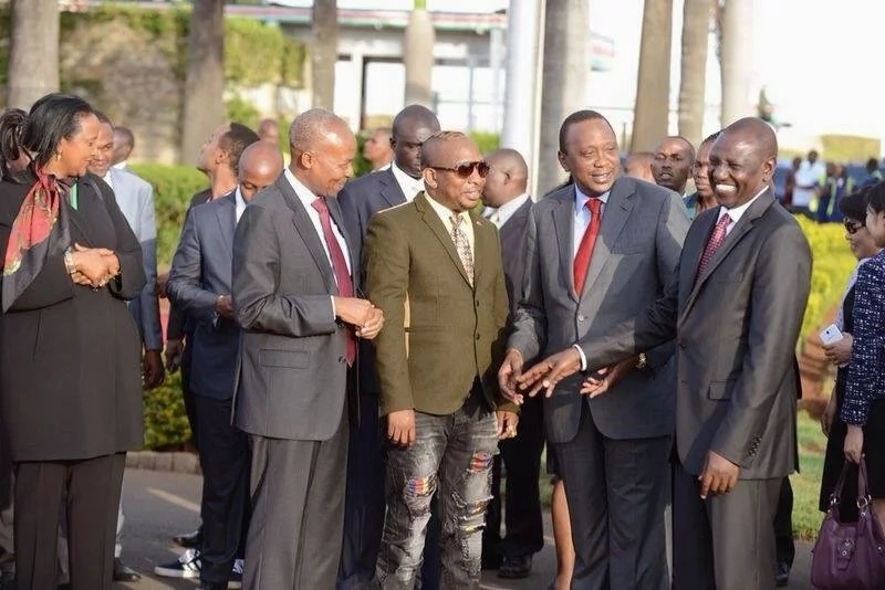 The day Mike Sonko left Uhuru, Ruto and other dignitaries in stitches with his dressing (photos)