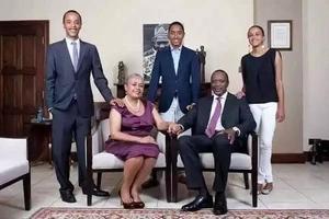 Pata picha za kipekee za Familia ya Uhuru baada ya harusi yake