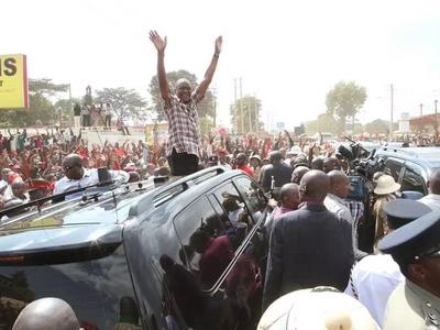 Uhuru prays for rain in Nyeri, what happens next has shocked everyone