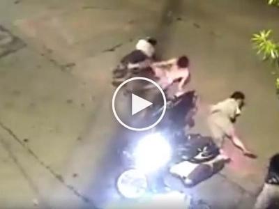Nag-uunahan kasi! Riders, passengers get brutally injured in scary motorbike collision in Pasig City