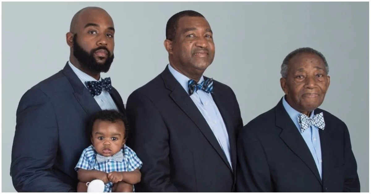 Son, father, grandfather and great-grandfather pose in one epic photo