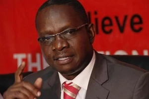 Onyango Oloo's defection to ODM divides Kenyans in the middle