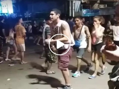 Grabe ang hard ni Kuya! Netizen introduces hilarious high-five scam during Sinulog parade in Cebu