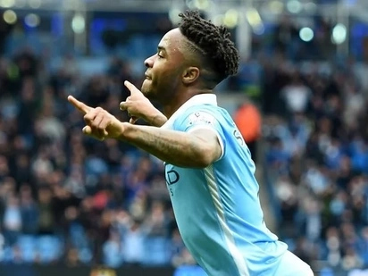Manchester City star buys sister expensive house as a birthday gift after turning 27 (photos)