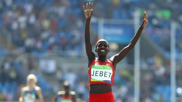Kenyan-born Bahranian Ruth Jebet breaks world record
