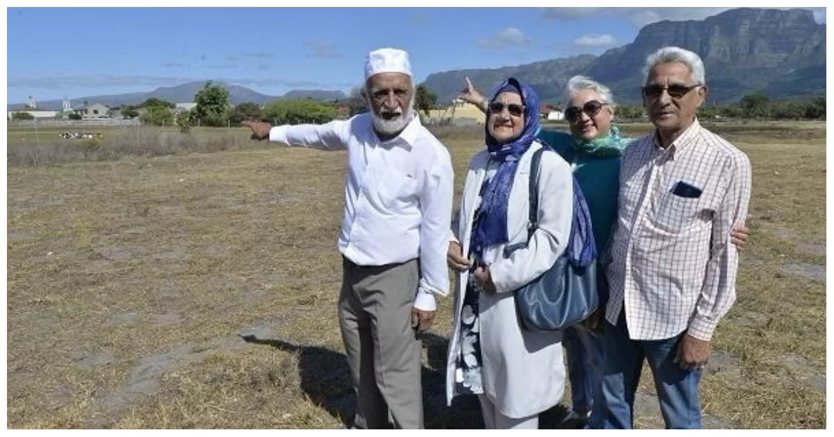 Celebrations as Rondebosch East land claim is restored to original owners