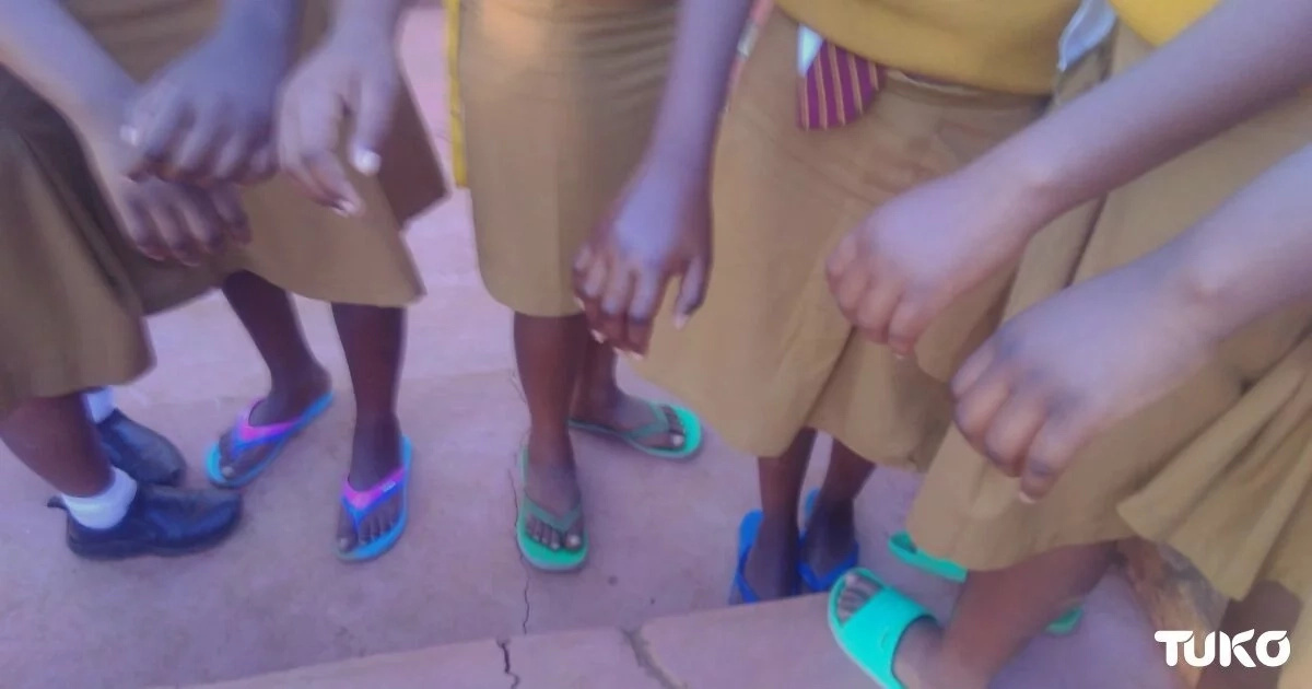 Muranga secondary school students struck by strange disease of swelling the right hands that only affects boarding students