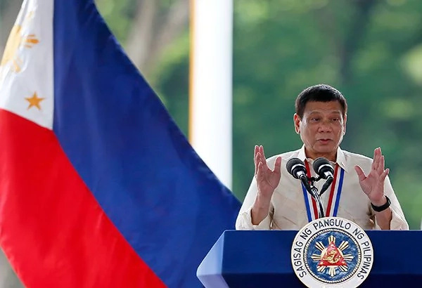 Duterte talks about own hero, honors all Filipino heroes