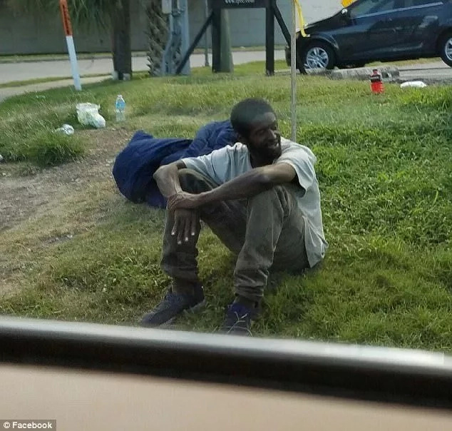 Kindhearted mother takes homeless man who was ABANDONED by parents, gives him new leaf of life (photos)