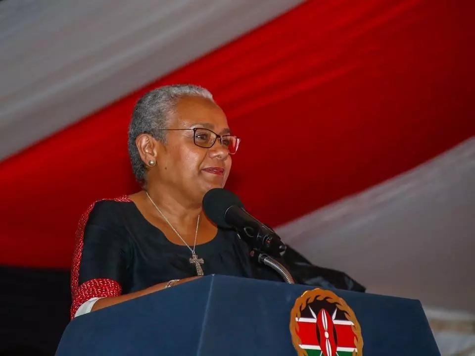 Mama Margaret Kenyatta atumia mbinu isiyo ya kawaida kumfanyia kampeni mumewe