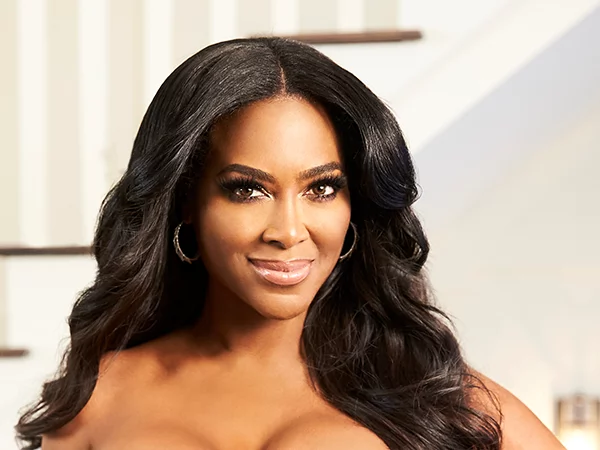 Kenya Moore net worth, houses and cars. How rich is this stunning American beauty?