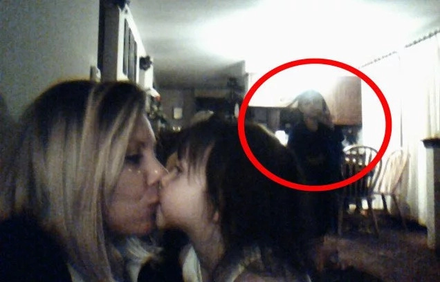 Their dream home used to be a crematorium! A ghost was captured after snapping a selfie!