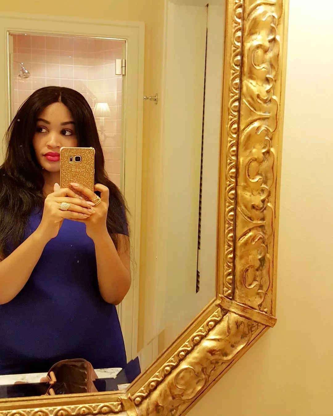 Zari Hassan sets pregnancy fashion goals