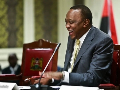 Just what was Uhuru salivating over in this hilarious photo?