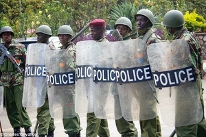 Police boss sends a scary message to Raila over Monday's IEBC demonstrations