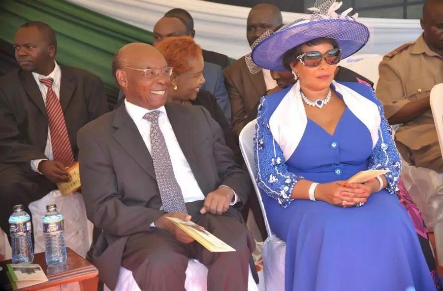 Kikuyu elders threaten to curse Citizen TV owner for supporting Raila