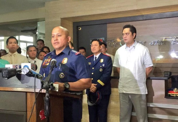 De Lima, Bato suspect that their phones are being wiretapped