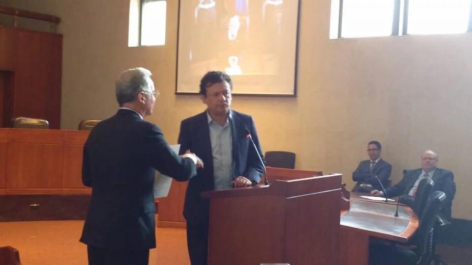 Hollman Morris en audiencia con Álvaro Uribe