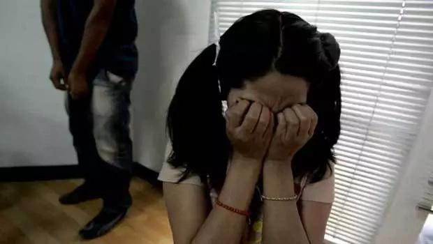 Hombre violó y embarazó a su hija de trece años