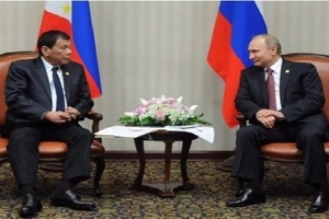 Duterte sweetens up to Putin, accepts invitation to visit Russia, says DFA Asec