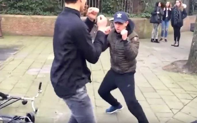 The Funniest Street Fight With Slow-Mo Is Incredibly Entertaining