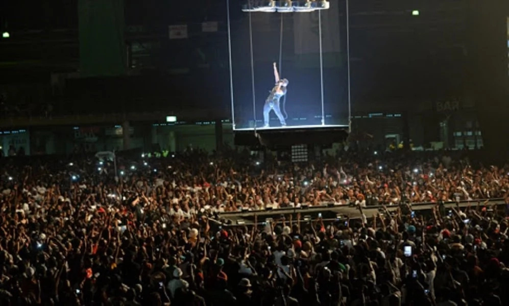 South African rapper Cassper Nyovest makes history as he single handedly filled up 94,000 capacity stadium