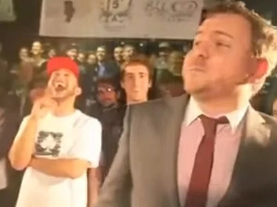 English Teacher Rap-Battles His Ex-Student And Totally Destroys Him (Video)