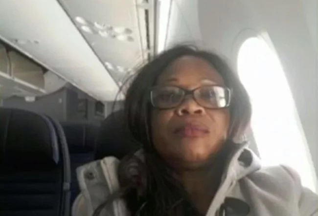 Major airline apologises profusely after flying passenger for 3000 miles in WRONG direction (photos)