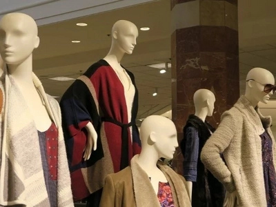 Thieves Posed As Mannequins To Stay Afterhours At Shop, And Stole Thousands In Designer Clothing