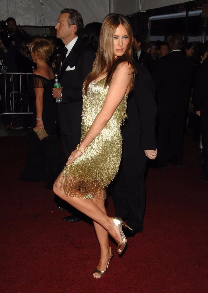 Melania Trump's most incredible looks from the 2000's: first lady is stunning