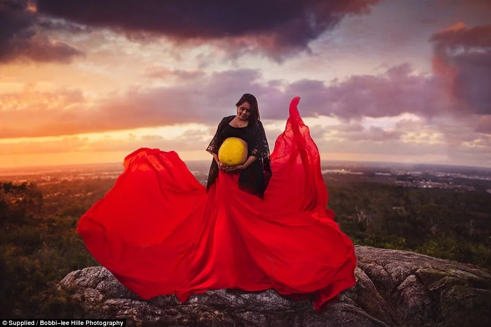 Adorable! Photographer captures breathtaking images of indigenous kids and pregnant women