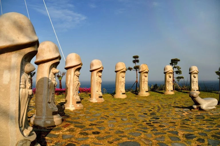 South Korea invites tourists to visit their picturesque penis park
