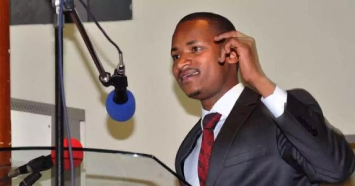 Mutahi Ngunyi amchekelea Babu Owino baada ya kupoteza kiti chake