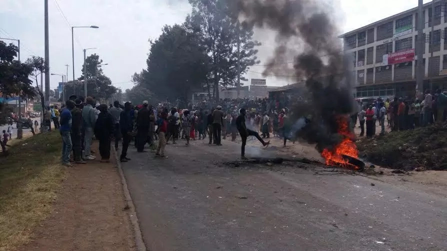 Kangemi residents block Waiyaki Way after William Ruto order