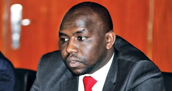 Murkomen badly embarrasses himself after trying to attack CJ Maraga and the judiciary