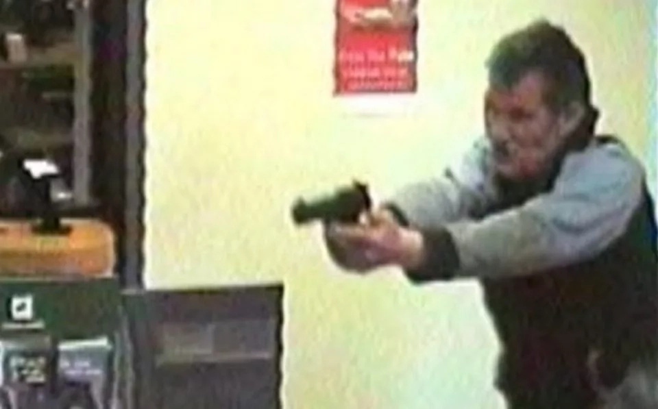 Husband Tells A Robber To 'Shoot My Wife,' And His Plan Only Gets Crazier From There (Video)