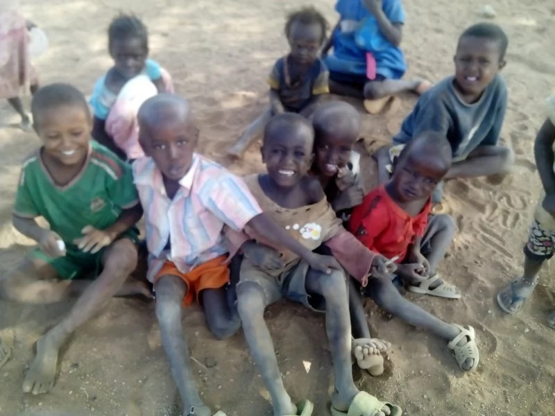 We want our children live as brothers and sisters! Uganda and Kenya to build cross-border schools