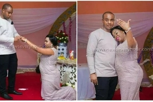Reversed roles! Woman goes down on her KNEES for her man to propose to her (photos)