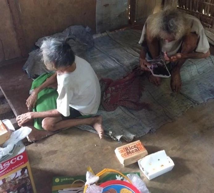 Pinoy begs netizens to help poor lola in viral social media post