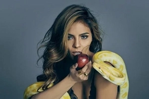 Lagot kay FPJ! Lovi Poe's latest FHM pictorial may not sit well with Da King if still alive