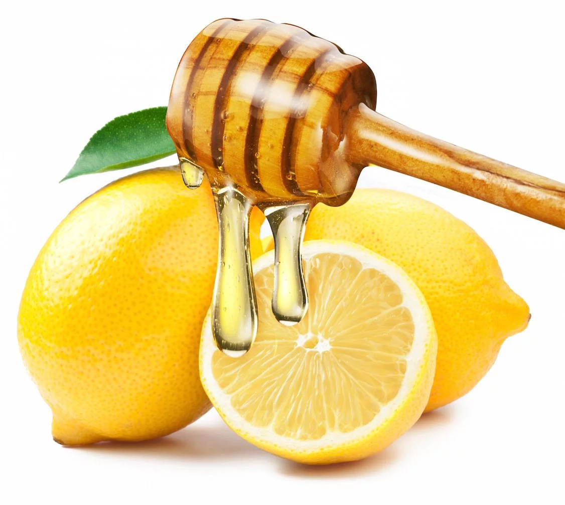 The awesome benefits of honey lemon water