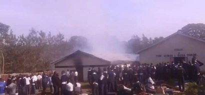 Funny! Kenyans mock students for burning of schools